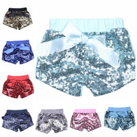 ingrosso pantaloni di lavanda-baby grils Shorts con paillettes Bowknot Summer Infant Kids Shorts glitter lavanda party Bling Dance Shorts Moda casual Pantaloni KKA4368