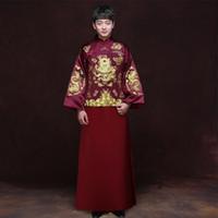 kırmızı çince elbiseleri toptan satış-Geleneksel Gösterisi erkekler çin tarzı düğün kostüm gösterisi Çin düğün giyim damat kırmızı ceket tang Takım Ejderha kıyafeti Robe