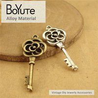 Wholesale bronze bracelet accessories - BoYuTe Pieces MM Vintage Charms key Pendant Antique Bronze Silver Fit Bracelets Necklace Diy Metal Jewelry Making Accessories