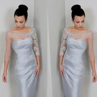 uzun kollu kısa gümüş elbise toptan satış-Gümüş Aplikler Dantel Anne Gelin Elbiseler Sheer Uzun Kollu Diz Boyu Kısa Örgün Parti Törenlerinde Anne Elbise