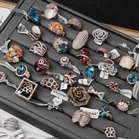diamantes de imitación mezclan colores al por mayor-Colores de oro plateado nueva joya Anillos de moda de señora de la buena calidad exageró los anillos del Rhinestone mezcla diferente estilo y tamaño # 16- # 19