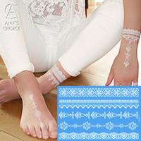 белая татуировка хны оптовых-Waterproof Metallic Gold Silver White Temporary Tattoo For India Henna Tattoo Lace Pattern
