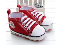 zapatillas de lona con cordones de bebé al por mayor-Zapatos de bebé de primavera y otoño Lienzo recién nacido Zapatillas deportivas clásicas con cordones casuales antideslizantes Prewalkers infantiles Envío gratuito
