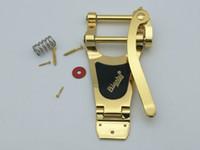 puente de la guitarra al por mayor-NUEVO Tremolo Vibrato Bridge Tailpiece B700 Guitar Bridge Gold silver bridge Alta calidad