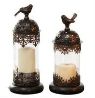 candelero de metal huracán al por mayor-Negro / blanco palomo europeo marroquí Candelabro Candelabros decoración Retro viento luz Hierro + Vidrio enviar 5x7.5 cm vela regalo