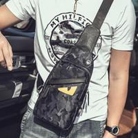paquetes de cintura para hombre al por mayor-Diseñador al por mayor Crossbody bolsa Little Monster Fanny Pack bolso de la cintura Moda de alta calidad para hombre pequeños bolsos de la cintura fácil de cargar