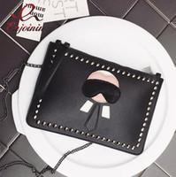 enveloppes ouvertes achat en gros de-New Cartoon design personnalisé mode Lafayette rivets enveloppe sac embrayage sac à main sacs à main casual sac à bandoulière noir argent