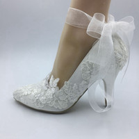 ingrosso scarpe da sposa in avorio-Imit Silk scarpe da sposa Impermeabile Avorio sposa matrimonio Abiti a punta diamante pizzo Perla manuale da sposa Tacco BRIDAL scarpe raso
