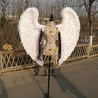 apoyos para buques al por mayor-Alta calidad traje de Cosplay adulto alas de ángel blanco boda bar Decoraciones fotografía accesorios de tiro Puro hecho a mano envío libre del ccsme