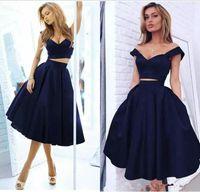 iki parça kısa lacivert elbise toptan satış-Lacivert İki Adet Saten Mezuniyet Elbiseleri Kapalı Omuz Zarif Kısa Gelinlik Modelleri Diz Boyu Bir çizgi Resmi Kokteyl Parti Kulübü Giymek