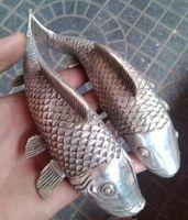 резьба по дереву рыбы оптовых-Народная Тибетская Серебряная резьба благоприятная реалистичная статуя рыбы богатства