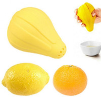 Wholesale mini hand juicer - Kitchen Fruit Lemon Juicer Yellow Mini Multi Function Silicone Hand Press Squeezer Kitchen Tool New Arrive