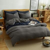 hojas a cuadros grises al por mayor-CHAUSUB New Japan Style Plaid Ropa de cama funda nórdica Coon Bedding Set 4PCS Plain Bed Cover Sheets Queen / King Size Grey Blue