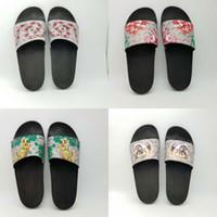 tigre al por mayor-Calidad superior de lujo diseñador de la marca de los hombres de verano sandalias de playa de diapositivas zapatillas de moda zapatos interiores tigre flores serpiente tamaño EUR 39-45