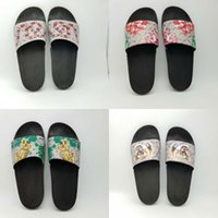 Wholesale animal print booties - Top Quality Luxury Brand Designer Men Summer Sandals Beach Slide Fashion Slippers Indoor Shoes Tiger Flowers Snake Size EUR 39-45