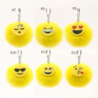 peluche de licorne moelleuse achat en gros de-12 styles moelleux Emoji licorne dessin animé Keychain en peluche porte-clés téléphone portable charmes sac à main sac à main sac à main pendentif fourrure boule porte-clés C4503