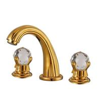 grifo doble agujero al por mayor-Lujoso cristal dorado generalizado acabado 3 agujeros grifos de baño latón macizo lavabo grifos mezclador montado en la cubierta