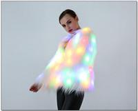 kadın dansçı kostümleri toptan satış-Kadınlar LED Faxu Kürk Ceket Sahne Kostümleri LED Gece Kulübü Noel Dış Giyim Kadın Dansçı Yıldız Ceketler MMA718