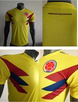 té s al por mayor-Versión del jugador CALIDAD SUPERIOR Colombia 2018 camiseta de fútbol amarilla local 18 19 FALCAO JAMES CUADRADO TEO BACCA maillot futol talla S-XXL