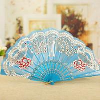 маленький пластиковый китайский оптовых-Павлин бронзированием складные ткани вентилятор китайский танцы рук вентиляторы женщин небольшой пластиковые свадьбы пользу вентиляторы 10 шт. / лот