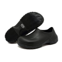 zapatos de deslizamiento de enfermería al por mayor-Zapatos antideslizantes para mujeres Hombres Zapatos de trabajo antideslizantes negros para cocina Chef Slip On