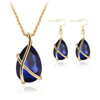 Wholesale jewelrys sets - Sapphire Jewelry Gold Plated Necklace Set Fashion Celtic Diamond Wedding Bridal Costume Jewelry Sets Party Jewelrys (Necklace + Earrings)