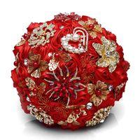 gelin broşları toptan satış-Büyüleyici Kırmızı Düğün Broş Buketleri Altın Takı Gelin Çiçek ramos de novia Rhinestone Broş Kristal Düğün Buket