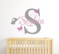 ingrosso adesivi 3d vivaisti-Adesivo personalizzato da parete personalizzato - Elefante e farfalle Stickers murali Baby Nursery Room wall art Home Decor Y18102209