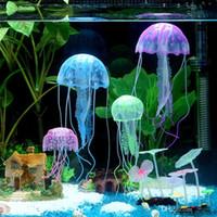 ornamento do tanque das medusa venda por atacado-5 cm Vivid Glowing Effect Fluorescente Artificial Jellyfish Aquarium Fish Tank Decoração Ornamento Swim Pool Bath Decor Frete Grátis