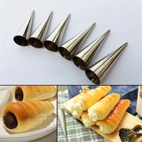 ingrosso muffa a cono-Baking Cones Stampo Cake Decorating Tools Spiral Baked Croissants Horn Roll Tubi Stampo per dolci fai da te Accessori da cucina 0 9mr C RW