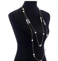 ingrosso oro della collana della farfalla-luxury styl pair collana di perle lungo 2 strati Classic Multilayer Camellia Flower Butterfly Sweater Collana di perle Catenina d'oro l