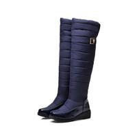 ingrosso scarpe da neve in pelle verniciata nera-Caldo comodo inverno delle donne Eiderdown Shaft nero blu in pelle verniciata stivali da neve al ginocchio alto signore Calzature sportive all'aperto