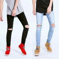 ingrosso ginocchio grande foro dei jeans-Jeans Big Holes Ginocchio Design Uomo Skinny Jeans Strappato Drappeggiato lungo pantaloni a matita Streetwear Abbigliamento Bottoming Pantaloni