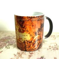 cambio de anillo magico al por mayor-Taza de café clásica El señor de los anillos Taza de cerámica que cambia de color sensible al calor Tazas y tazas mágicas para regalo Envío gratis
