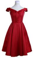 schwarze satin brautjungfer kleid kurz großhandel-New Red Black 2018 Off Schulter Abendkleider A-Linie Kurze Satin Lace Up Girls Fashion Host Kleider Günstige Brautjungfer Kleid Vestido de Novia