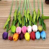 tulipas artificiais de látex venda por atacado-Látex Tulipa Artificial Flor Festa de Casamento Criativa Dia Dos Namorados Mão Real Toque Flores De Seda para a Decoração Da Casa de Presente 1 6zp YY