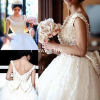 ingrosso gli abiti da sposa d'epoca si aprono indietro-2020 affascinanti perle che bordano abiti da sposa di lusso in pizzo scollo rotondo aperto indietro con fiocco abito da ballo abiti da sposa vestido noiva su misura