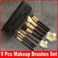 Wholesale cylinder pc for sale - M Makeup Makeup Brush Set Cup Holder Professional Makeup Brushes Set Cosmetic Brushes With Cylinder Cup Holder