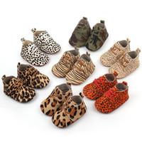 moccasin rahat ayakkabı bebeği toptan satış-Sıcak satış Leopar hakiki deri lace up bebek ayakkabı Bebek Yürüyor yumuşak tabanlı kız erkek moccasins casual İlk Yürüyüşe çizmeler 19 renkler
