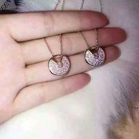 hochzeitsgoldkettenentwürfe für frauen großhandel-Amulette Diamant Hohl Halskette Womans Glücksbringer Kette Luxus Design Frauen Hochzeit Wache Halsketten