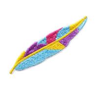 sombrero de plumas decoraciones al por mayor-Parche bordado Rainbow Pluma Plume Coser hierro en parches bordados Insignias para bolsa Jeans Sombrero Camiseta Apliques de bricolaje Artesanía decoración