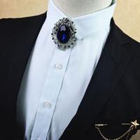 blaue diamantkleidung großhandel-Fashion Boutique Blue Diamond Gentleman Style Kleidung Krawatte koreanische Männer Fliege Bräutigam Hochzeit Kleid Kragen Blume Brosche