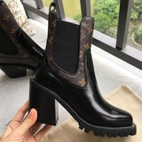 1ee122e7e Designer de Mulheres Sapatos De Luxo Da Marca Das Mulheres Botas de 2018  Marca de Moda de Luxo Designer de Mulheres preto Couro Genuíno Botas de  salto ...