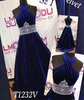 vestido de fiesta de terciopelo azul real al por mayor-A-Line Royal Blue Velvet Girl Vestidos de desfile para bodas Vestidos de desfile Comunión con cuentas Vestidos de fiesta con espalda abierta Por encargo
