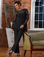 siyah dikişli pantolon toptan satış-Vintage Siyah Dantel anne Gelin Damat Pant Suits 2018 Kılıf Sheer Jewel Boyun Uzun Kollu Aplikler Anne Resmi Pantolon Giyer
