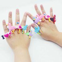 ingrosso anelli per bambini-Anelli di silicone Flamingo Accessorio per feste Ragazzi Ragazze Anelli per bambini Gioielli regalo di Natale 6 Design Giocattoli per bambini MMA1032