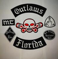 motocicleta mais nova venda por atacado-Mais novo Outlaws Patches Bordado de Ferro em Remendos do Motociclista para o Revestimento Da Motocicleta Colete Remendo Antigo HAMC Outlaws MC Emblema remendo stocker