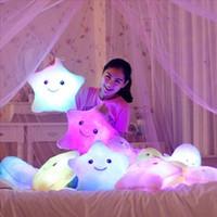 hafif yastık led toptan satış-Dolması Bebekler LED Yıldız Işık Renkli Yastıklar Popüler Peluş Oyuncaklar Çocuklar için shinning için yıldız hediye bebek # 240