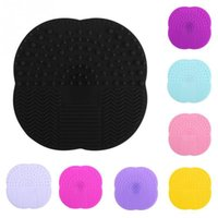 Wholesale cosmetics silicone resale online - Silicone Makeup Brush Cleaning Mat Soft Multi Colors Washing Tools Portable Cosmetic Sucker Scrubber Board Top Quality sh CB