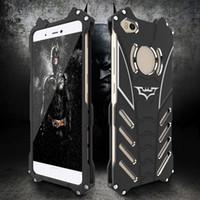 housse de l'iphone batman achat en gros de-360 Protection Mat Batman Métal Stent Shell Aviation En Aluminium Couverture de Téléphone Évider Tampon Givré Case pour iPhone Samsung Huawei Xiaomi